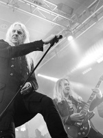 Saxon + Girlschool + '77